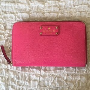 Kate Spade large Travel Wallet